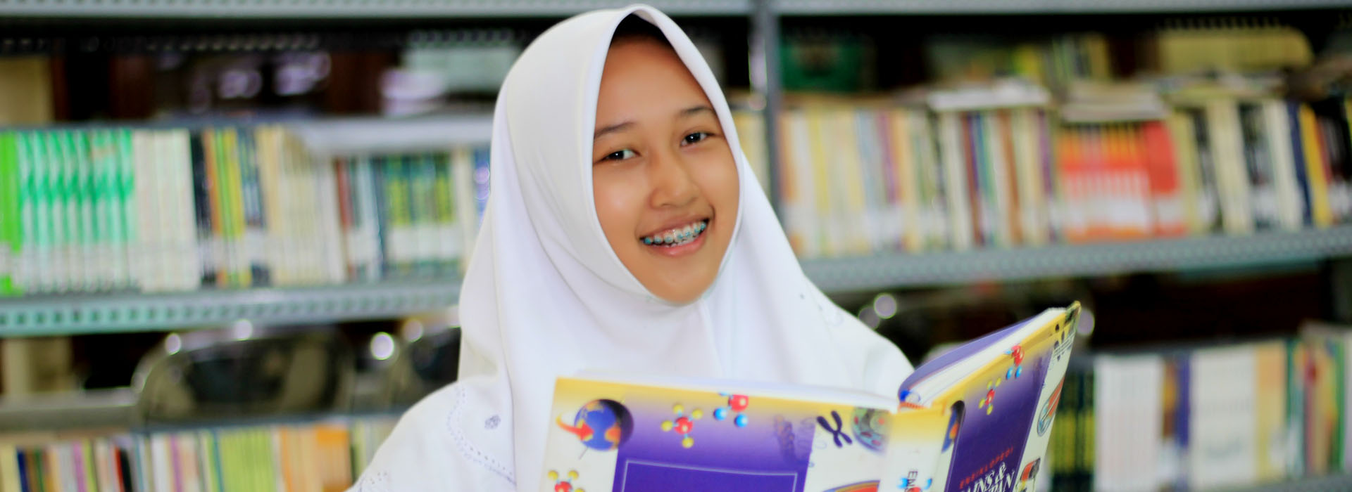 Buku Adalah Jendela Dunia…, @digilib_smanuda
