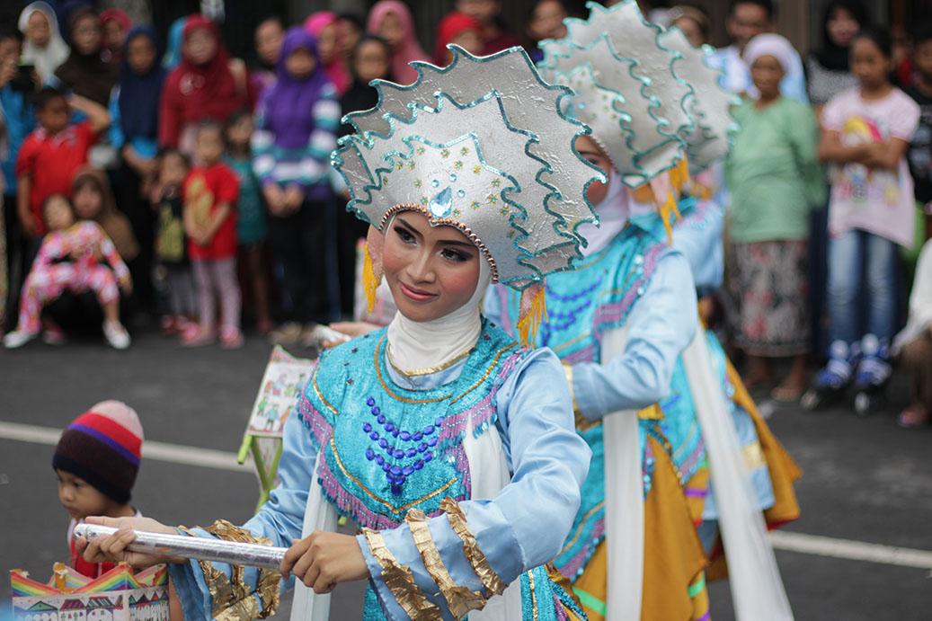 Tari Surya Ning Wali oleh  Widodaren Dance SMA NU 2 Gresik