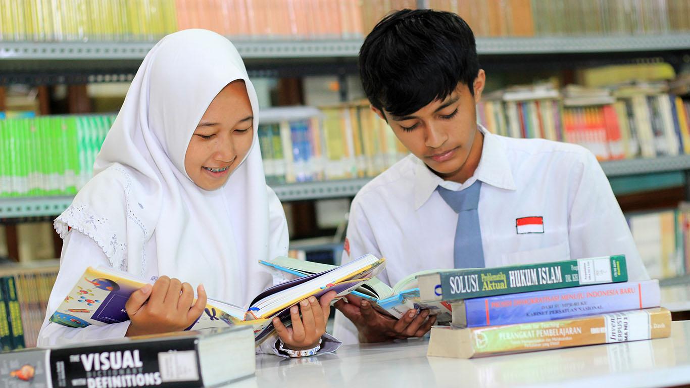 Mari Membangun Bangsa Lewat Gemar Membaca